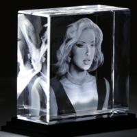 3D FOTO IN GLAS - GLASVEREDELUNG DURCH MODERNE LASERTECHNIK
