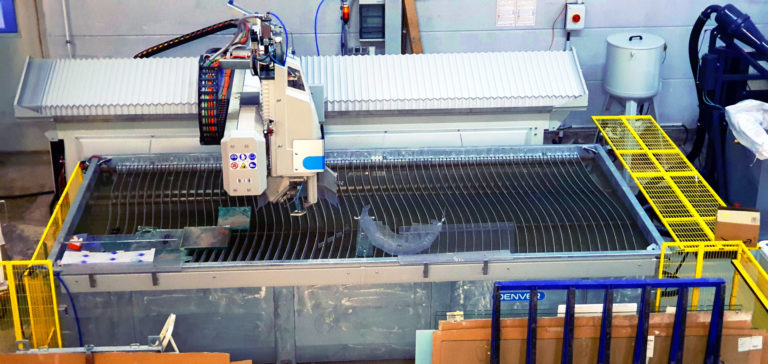 Read more about the article Der Waterjet